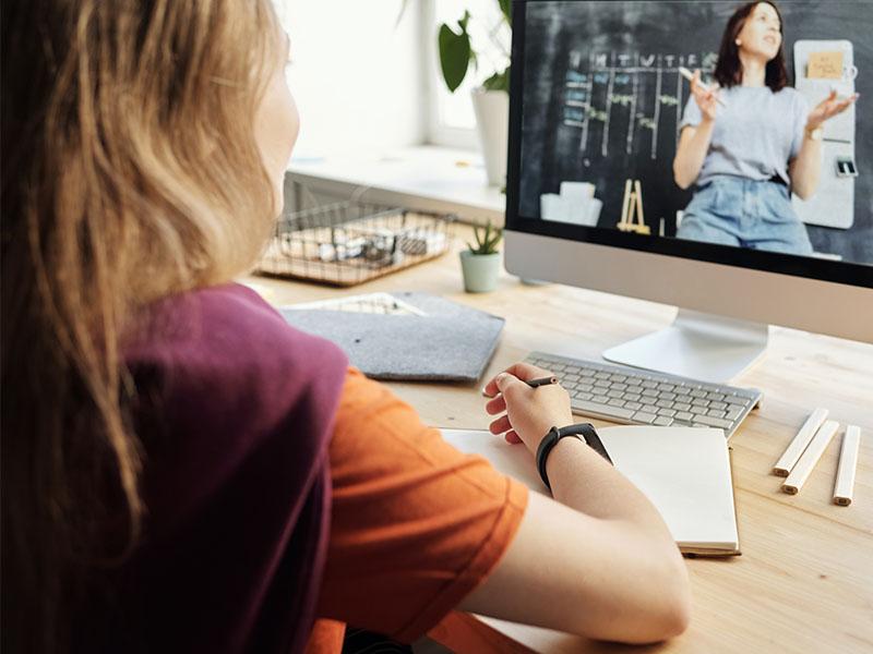 Come scegliere un corso online